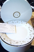 Pampered Chef Holiday Traditions Dessert Plate Set