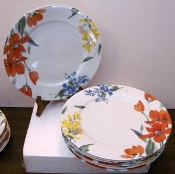 Nikko Sweet Meadow Dinner Plates